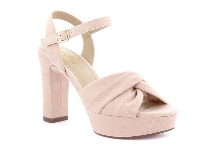 rosa sandalett